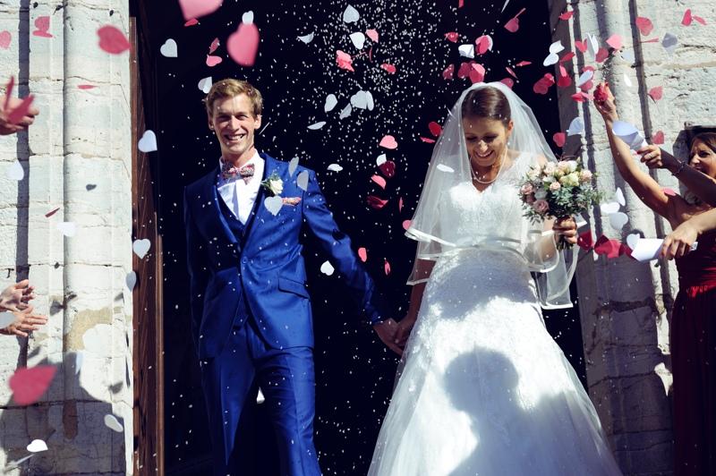 Sortie des mariés poru ce maraige à Villersexel
