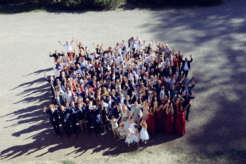 Photo de groupe pour un mariage à Villersexel